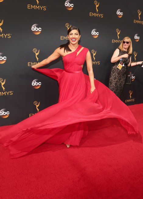 priyanka-chopra-red-dress-emmys-2016-1